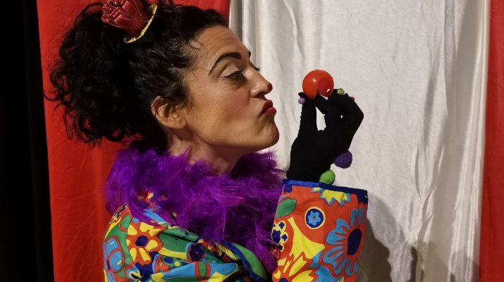 Bombo al circ: Fem un nas de pallassa