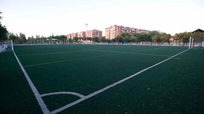 CEM Estruch - Camp de Futbol