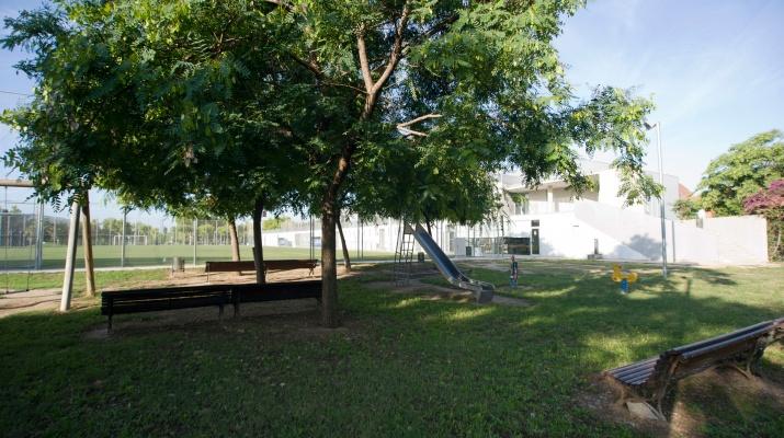 CEM Julio Mendez - Parc infantil