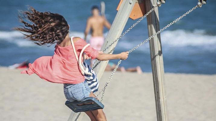 Jocs infantils - platja del Prat