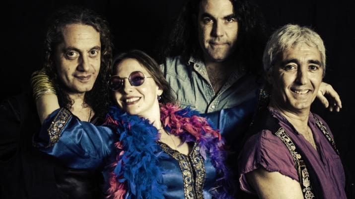 The Kozmik Band La Capsa