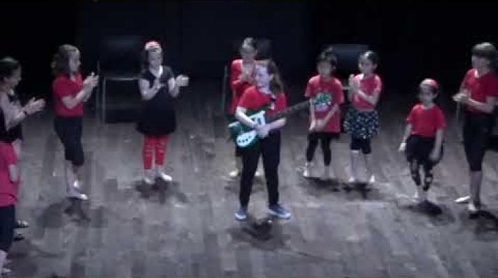 KARMEN - L'Escola d'Arts en Viu