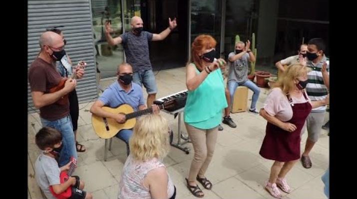 Videoclip de L'Orquestra de Barri
