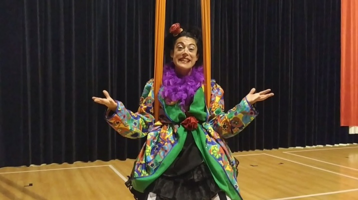 """Bombo al circ: La Rita us anima a veure l'espectacle """"Set Up"""" de Los Barlou!"""