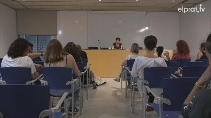 L'alletament matern i la criança a debat en una conversa amb Esther Vivas