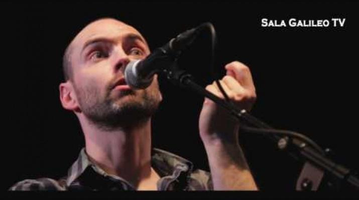 Marc García canta a Brassens SALA GALILEO TV ( 1080 FULL HD )