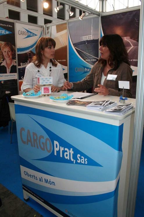 Estand de l'empresa simulada Cargo Prat a una fira del sector.