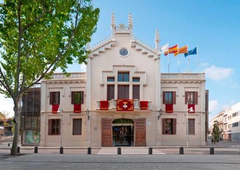 Casa de la Vila, seu principal de l'Ajuntament del Prat.