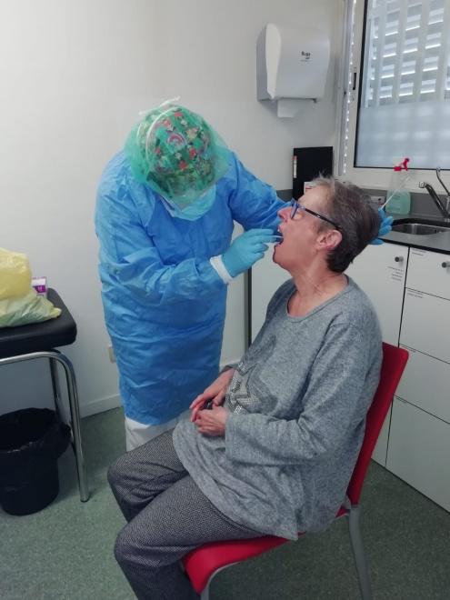 Test coronavirus a la residència municipal Penedès