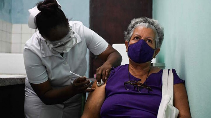 Vacunació a Cuba