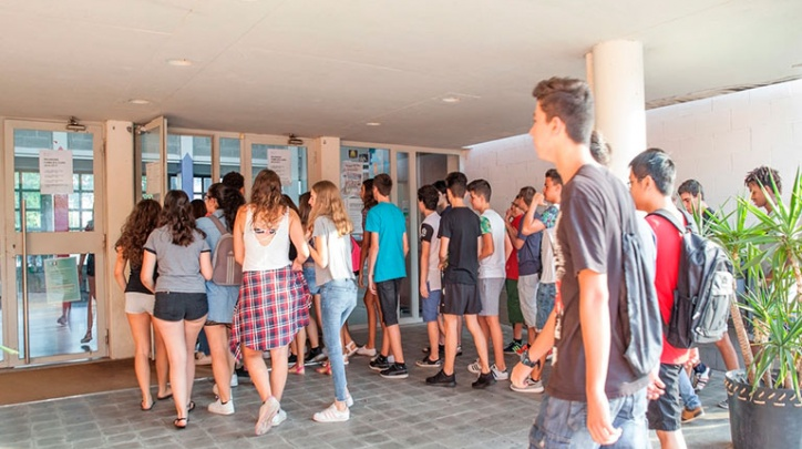 Alumnes d'un institut del Prat.
