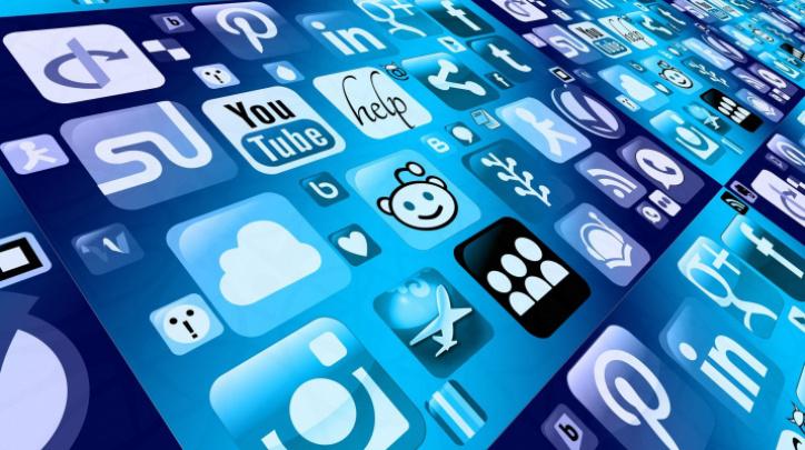 Cèntric_espai de formació_Coneix els teus drets i deures a la xarxa