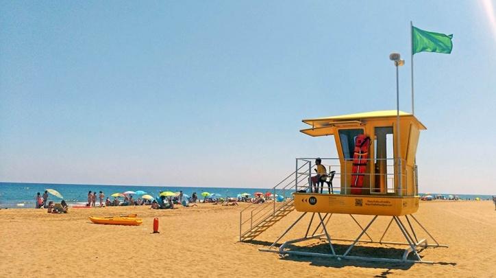 Servei de socorrisme a la platja del Prat.