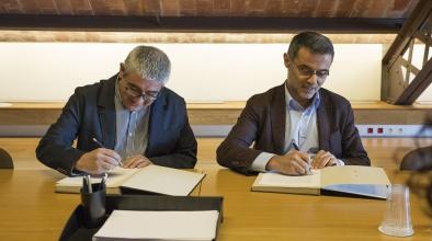 Signatura d'un conveni amb la Fundació Cívica Esperanzah per promoure l'economia social i solidària