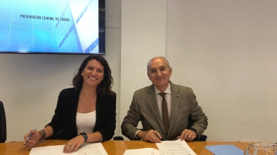 Signatura del conveni amb SENASA per desenvolupar activitats relacionades amb el món aeroportuari i aeronàutic, especialment formatives.