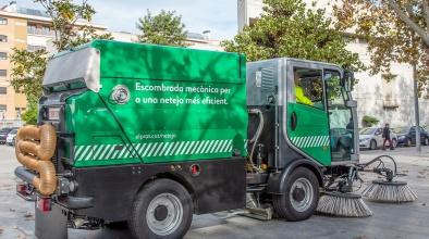 Escombradora del Servei Municipal de Neteja (imatge horitzontal)