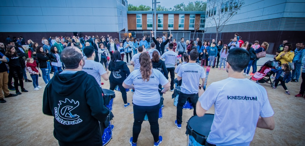 Espectacle del Festival musical i artístic Altraveu organitzat per l'Ajuntament del Prat i els joves de la ciutat