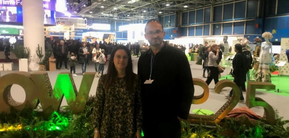 Anna Martín, regidora d'Acció Ambiental, i Joan Herrera, director de Medi Ambient i Energia de l'Ajuntament del Prat